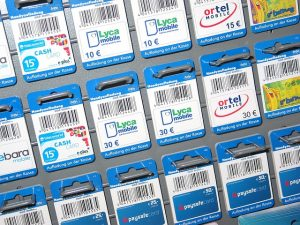 Phone-cards-1086473 6401-300x225 in Handy & DSL Vergleich